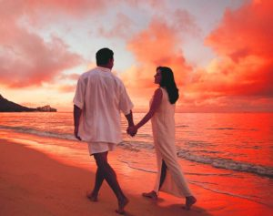 Love Couple Romantic Images Pics Images Wallpaper Pictures HD For Whatsaap