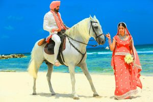 Punjabi Couple Pics Photo Free Downlaod