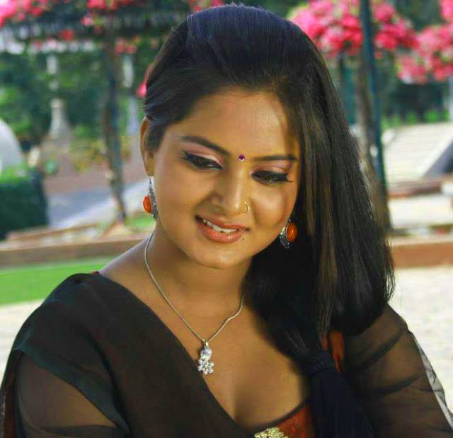 Free Beautiful Bhojpuri Actress Images Wallpaper Free