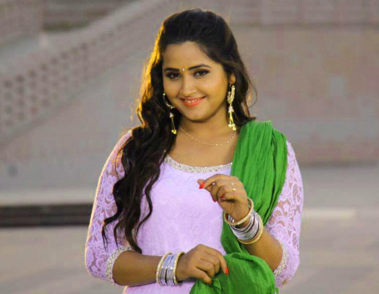 Beautiful Bhojpuri Actress Images Wallpaper HD
