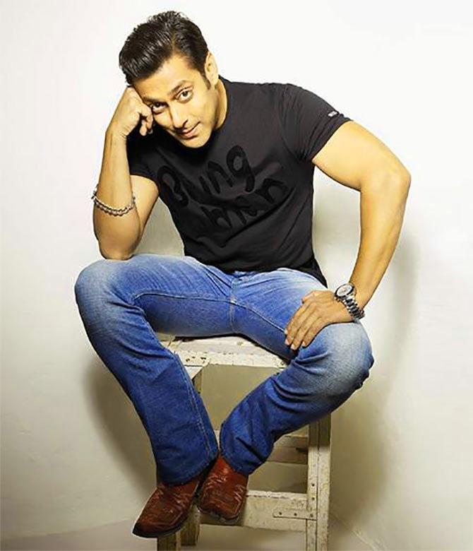 Salman Khan Images pics Wallpaper Free Download