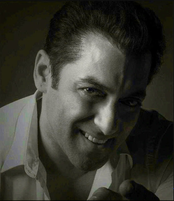 Superstar Best Actor Salman Khan Images Pics For Facebook