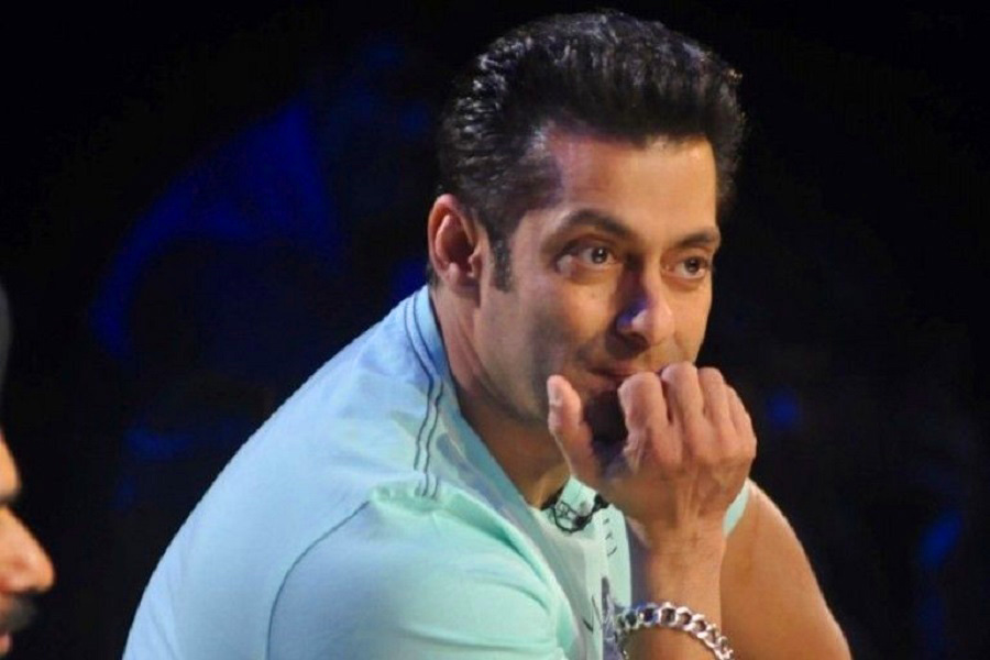 Superstar Best Actor Salman Khan Images Pics Wallpaper Download