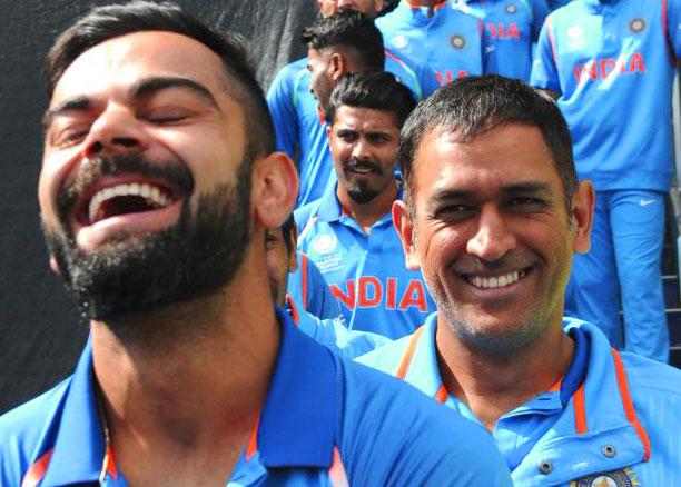 Virat Kohli Images Download With Team