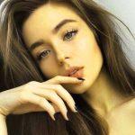 Stylish Girls Whatsapp DP Images 61