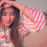 Stylish Girls Whatsapp DP Profile Images 9