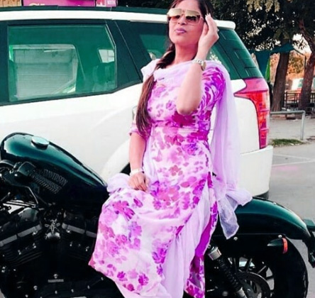 Punjabi Whatsapp DP Images Pics Download With Girls