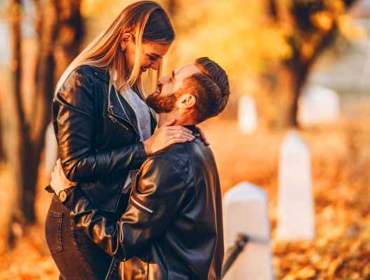 Romantic Love Whatsapp Dp Profile Images Wallpaper New Download
