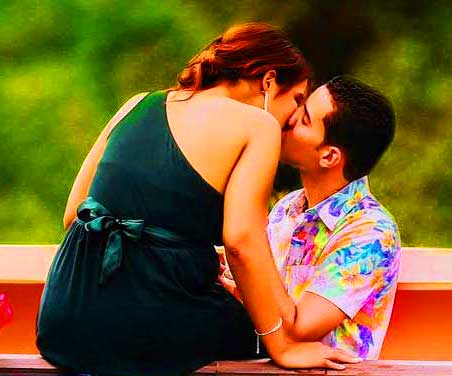 Romantic Love Whatsapp Dp Profile Images Pics for Facebook