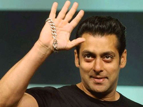 Superstar Salman Khan Photo free