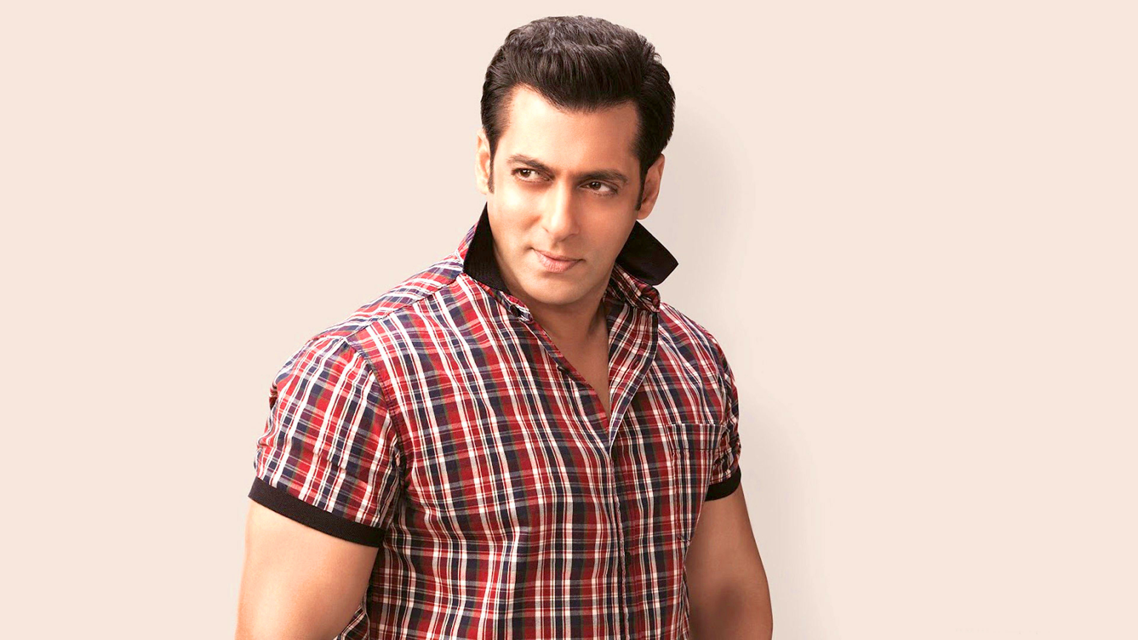 Superstar Salman Khan Wallpaper Free Download