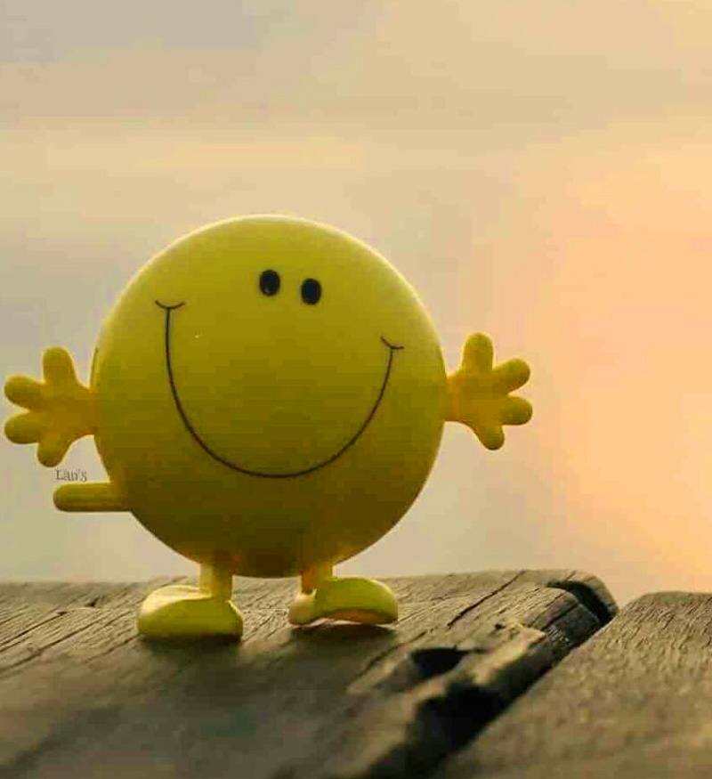 Best Smile Whatsapp Dp Images Pics