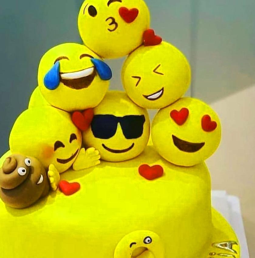 Best Smile Whatsapp Dp Pics Images