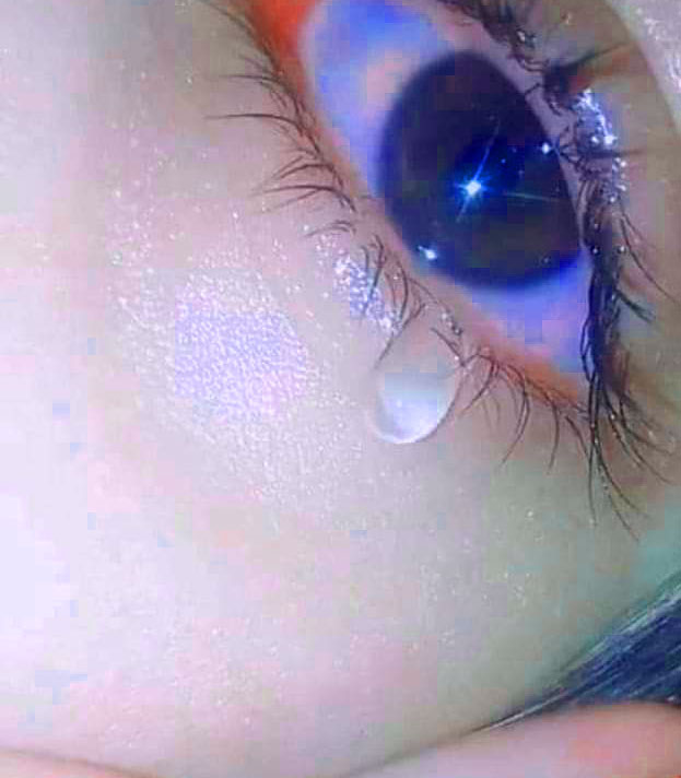 New Sad Crying Whatsapp Dp Pics