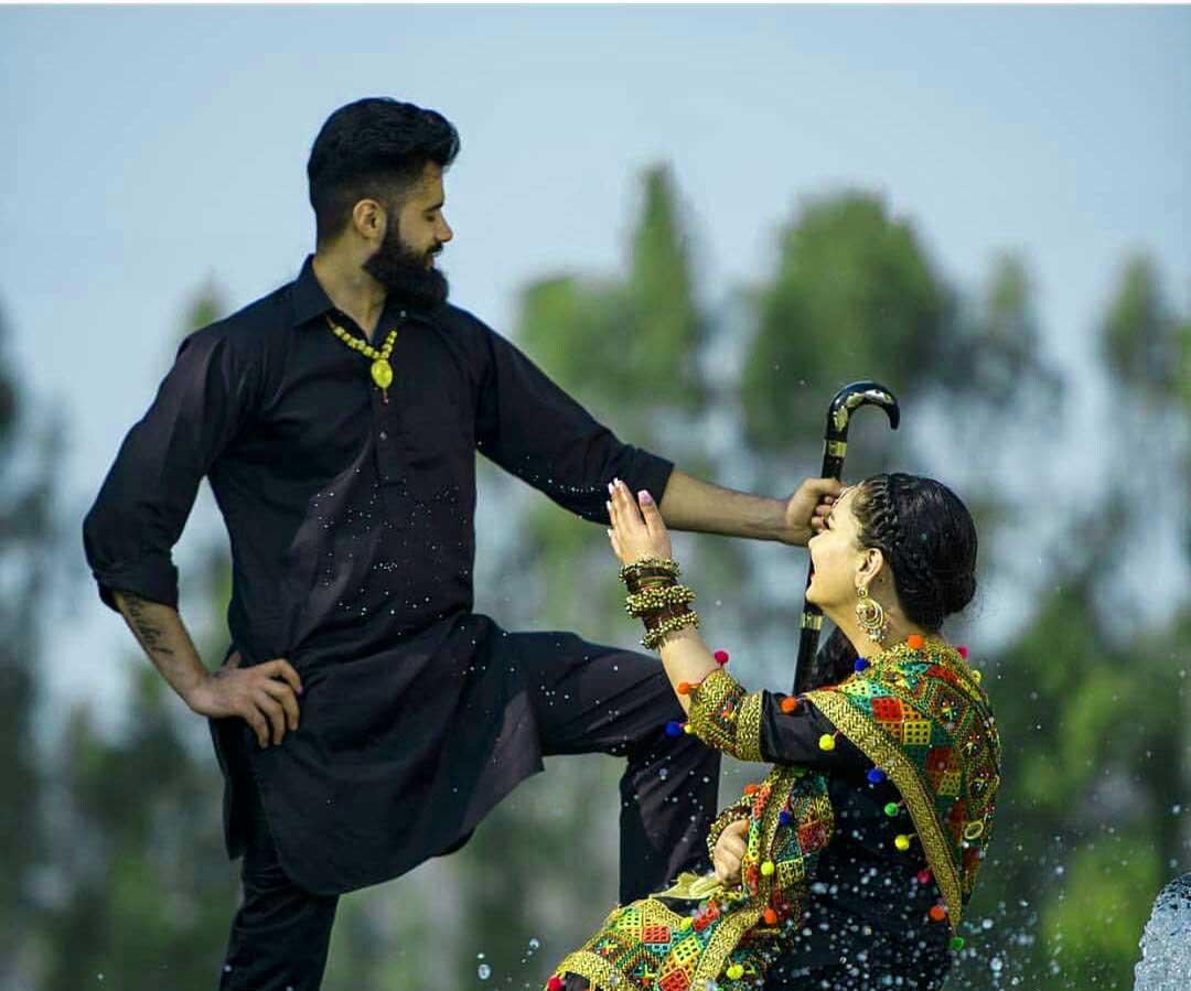 Punjabi Couple Pics Free Images
