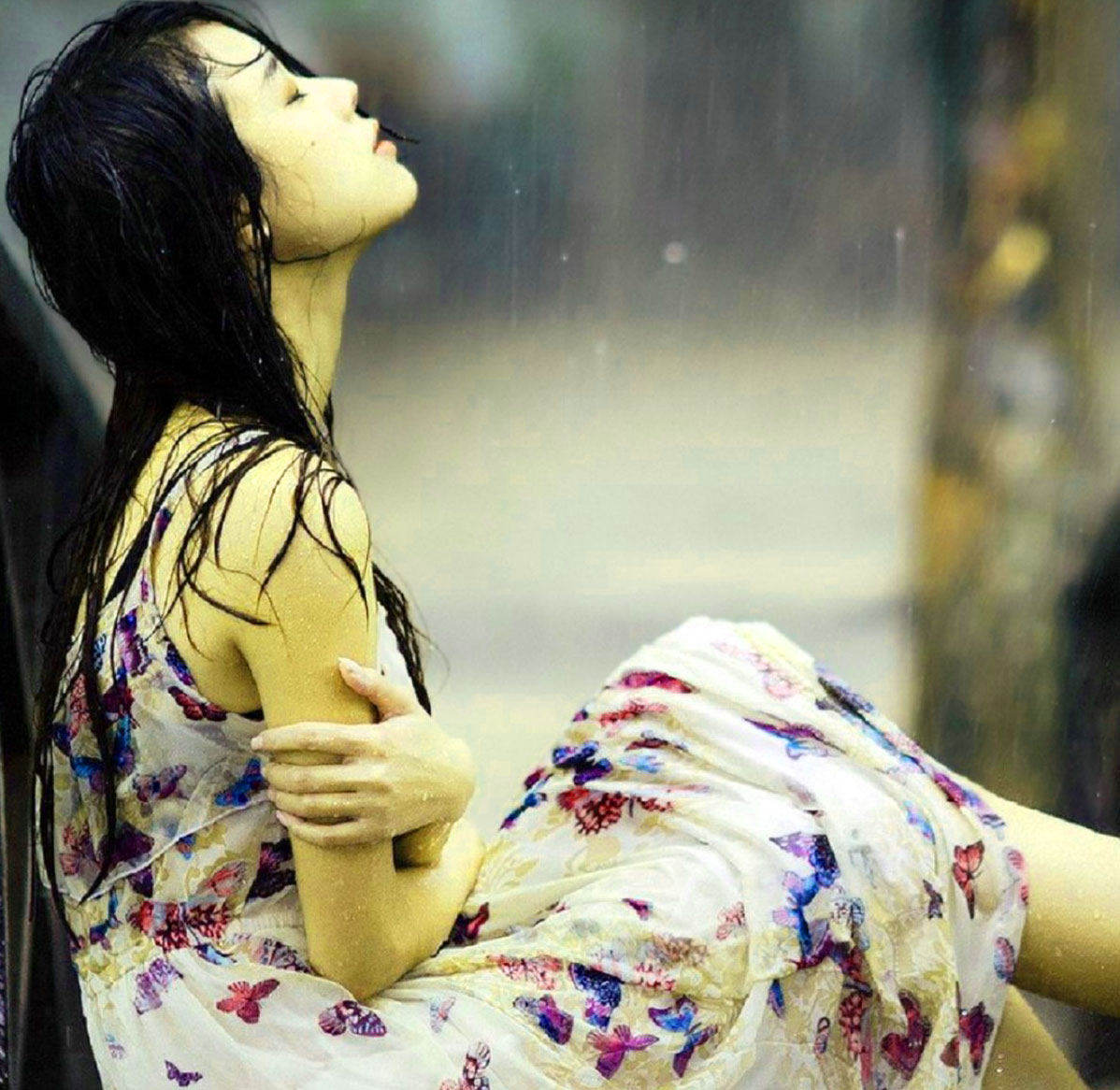 Sad Crying Whatsapp Dp Images Pictures