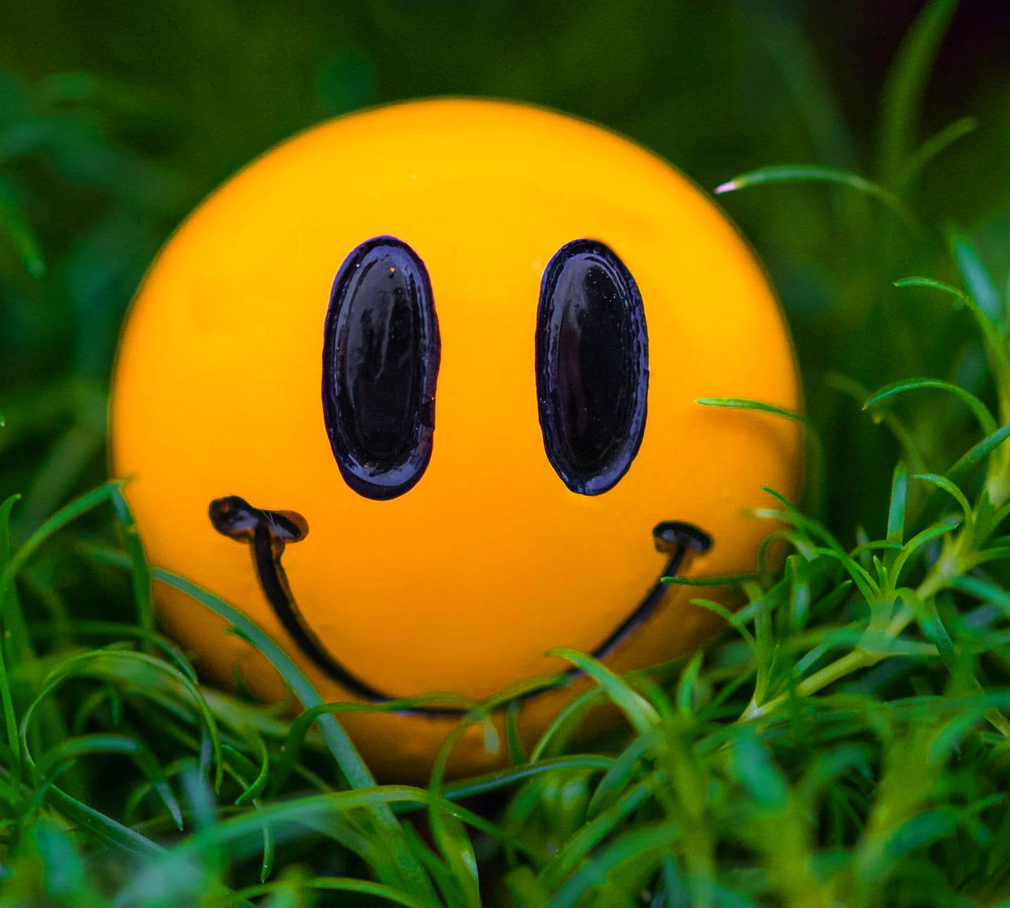 Smile Whatsapp Dp Images Wallpaper hd