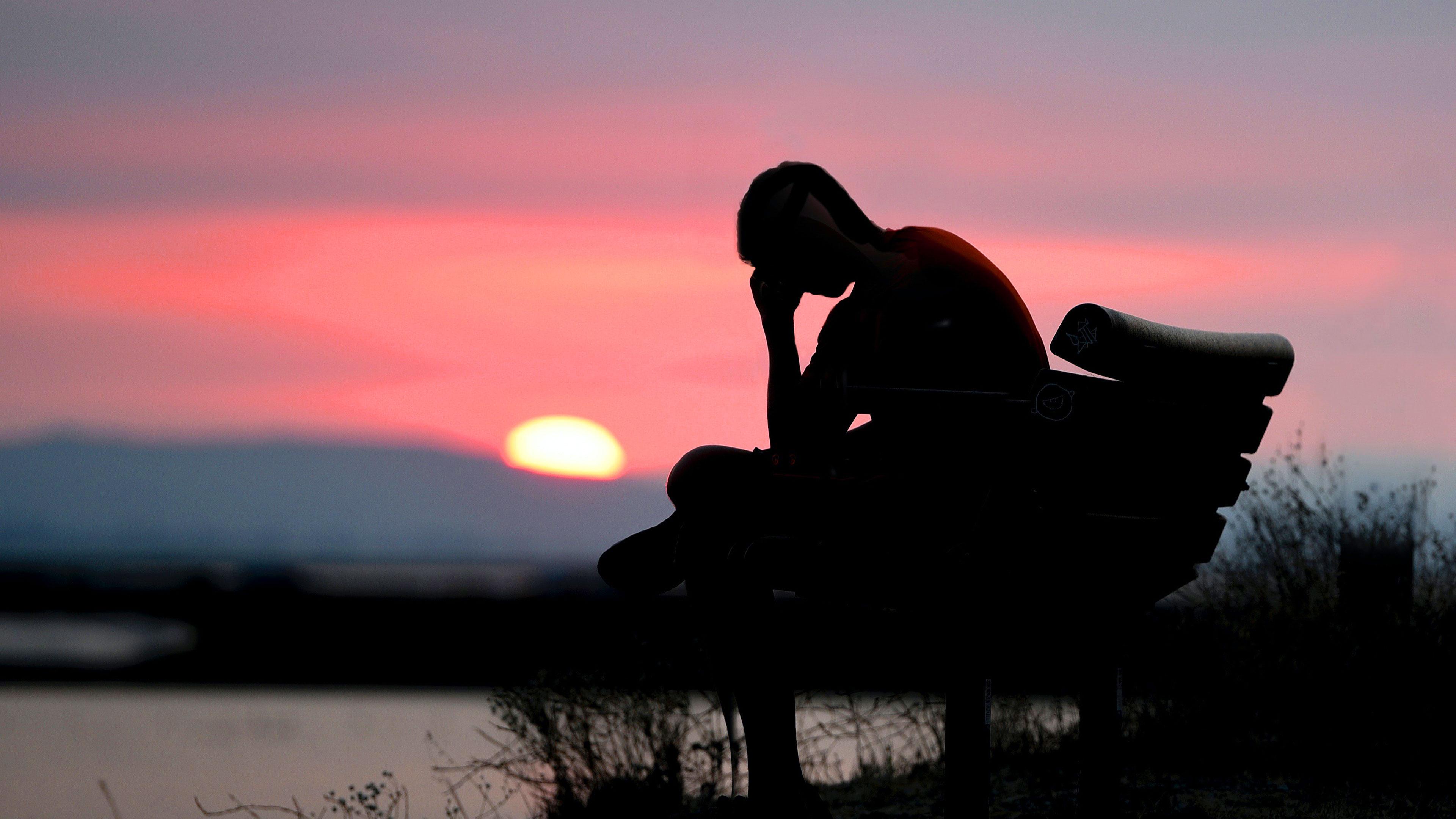 sad guy alone 4k hd 3840x2160