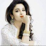 Stylish Girls Whatsapp DP Images 1
